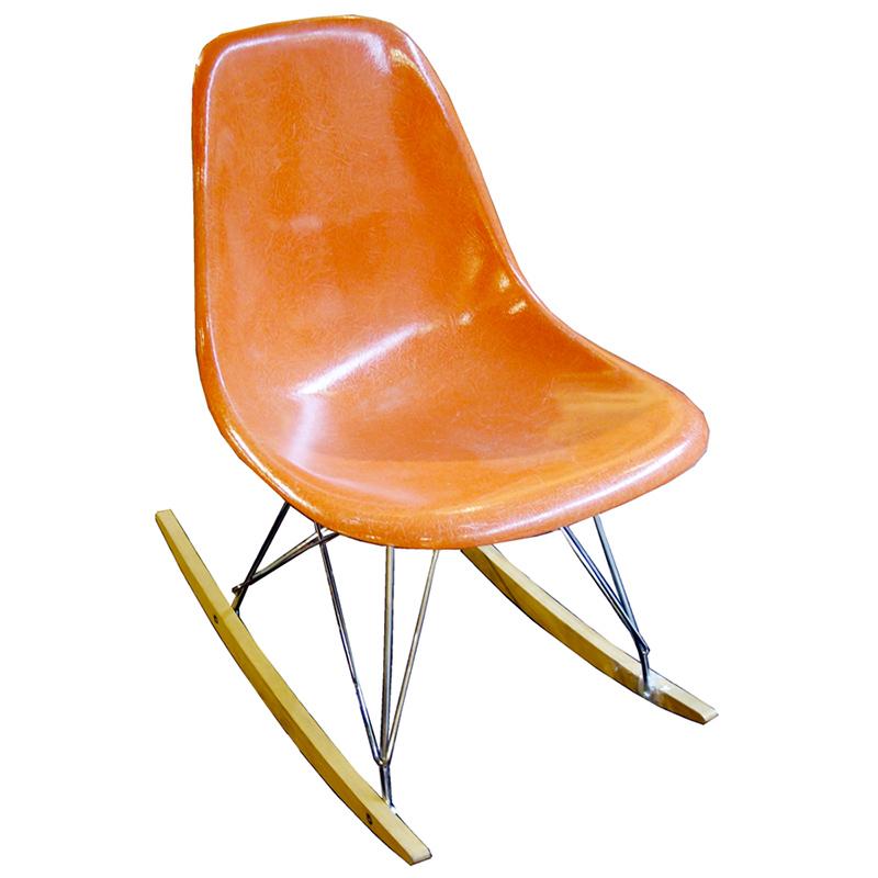 chaise eames rar perfect fauteuil scandinave a bascule chaise style eames chaise eames paris. Black Bedroom Furniture Sets. Home Design Ideas
