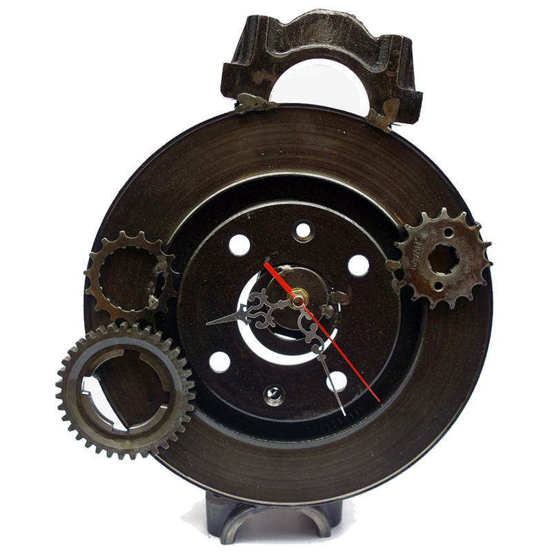 BAHRAM-ASHOFTEH-horloge